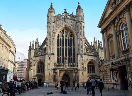Busy Scene of Bath Abbey 新聞圖片