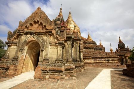 dhamma: Dhamma Ya Zi Ka Pagoda in Myanmar