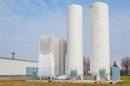 globalwarming: Liquid oxygen plant, tanks and heat exchange coils