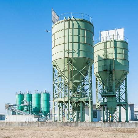 silos: Industrial silos for the production of cement