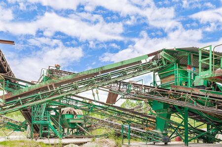 conveyors: Machinery of a plant for the extraction of gravel