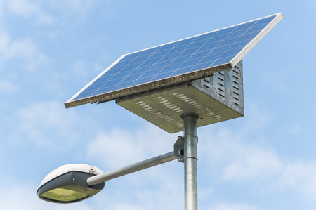 Street Light powered by a solar panel with a battery included 版權商用圖片