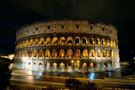Colis?e durant la nuit, Rome, Italie. Banque d'images