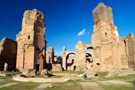 De ruïnes van de Thermen van Caracalla, oude Romeinse badhuizen, in Rome, Italië Stockfoto