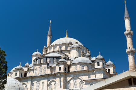 mehmed: The Fatih Mosque  Conqueror s Mosque  in Istanbul, Turkey  The Fatih Mosque Mosque  Conqueror s Mosque  is one of the largest examples of Turkish-Islamic architecture in Istanbul