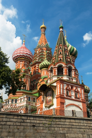 Saint Basil cathedral on the Red Square in Moscow, Russia   Pokrovsky Cathedral  Stock Photo - 21050291