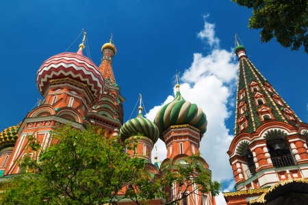 Saint Basil cathedral on the Red Square in Moscow, Russia   Pokrovsky Cathedral Stock Photo - 21050370