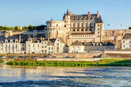 Château d'Amboise, France Ce château royal se trouve à Amboise, dans la vallée de la Loire, a été construit au 15ème siècle et est une attraction touristique Éditoriale