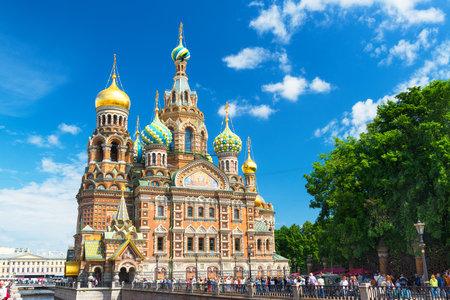 こぼした血大聖堂、復活のキリストの救い主こぼれた血の上の上の救世主教会は中央のサンクトペテルブルクの建造とアレキサンダー II 解放者のユ