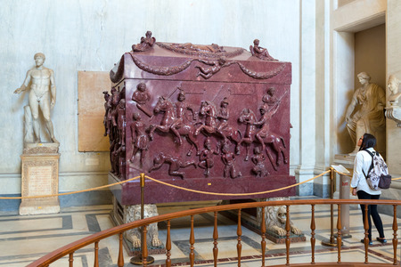 helena: Sarcophagus of Helena (the mother of the emperor Constantine the Great) in the Museo Pio-Clementino, Vatican Museum, Rome