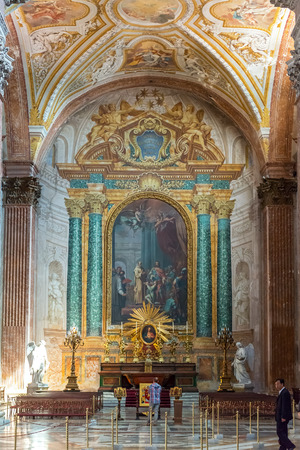 martiri: Interior of the Basilica of St. Mary of the Angels and the Martyrs (Santa Maria degli Angeli e dei Martiri), built inside the Baths of Diocletian in the 16th century by Michelangelo, Rome