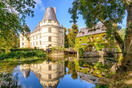 Het kasteel de l'Islette, Frankrijk. Dit renaissance kasteel is gelegen in de Loire-vallei, werd gebouwd in de 16e eeuw en is een toeristische attractie.