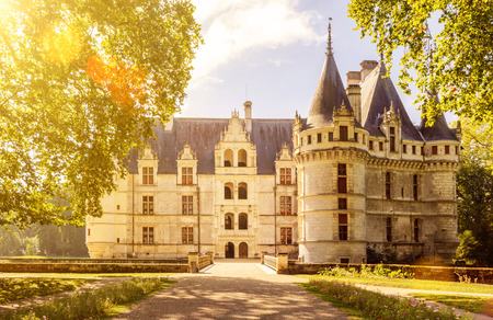 Le château de Azay-le-Rideau, France. Ce château est situé dans la vallée de la Loire, a été construit de 1515 à 1527, l'un des premiers châteaux de la Renaissance française.