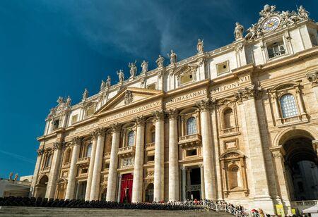 pietro: Basilica of Saint Peter (San Pietro) in Vatican, Rome, Italy