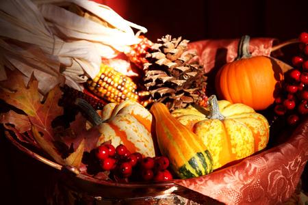 erntekorb: Thanksgiving Harvest Basket Lizenzfreie Bilder