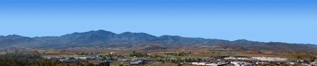 oregon cascades: Panorama of Medford Oregon West Side Stock Photo