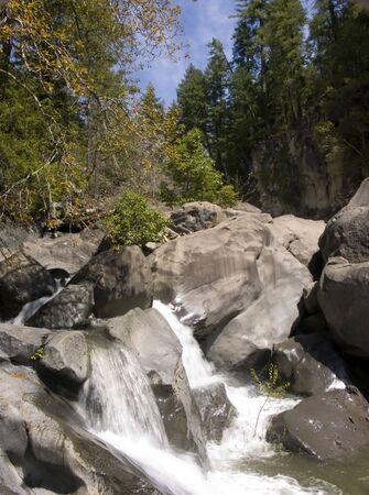 rogue: Rogue River - Mill Creek Falls