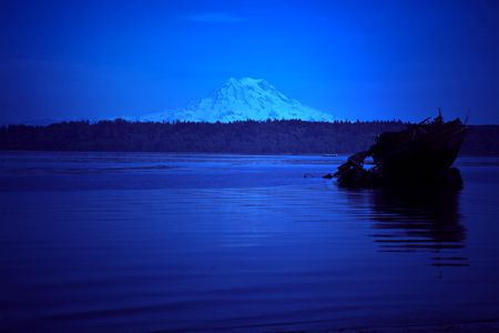 puget: Mt. Rainer overlooking Budd Inlet in Olympia, Washington - Puget Sound