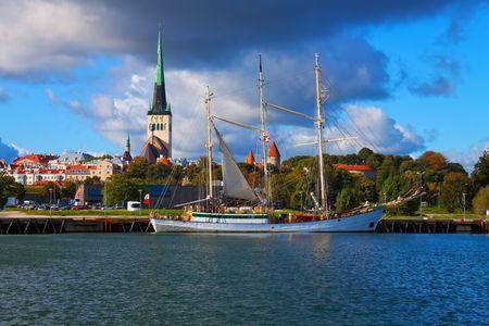 tallinn: Panorama of Tallinn, Estonia