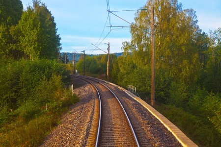 catenation: Suburban railroad track