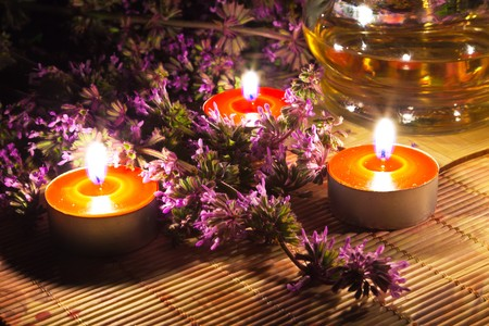 Tea candles and lavender Stock Photo - 7298723