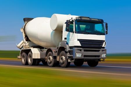 Concrete mixer Фото со стока