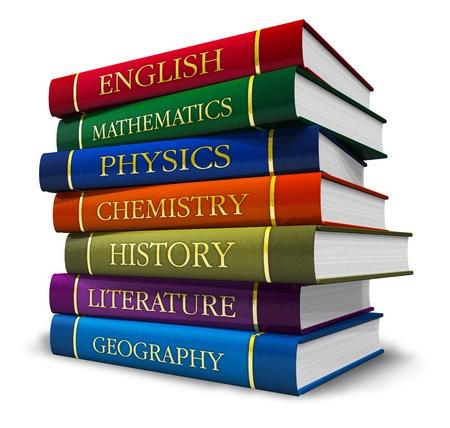 reference book: Pila de libros de texto aisladas sobre fondo blanco