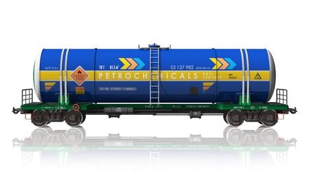cisterna: Coche de ferrocarril de cisterna de gasolina aislada sobre fondo blanco reflectante