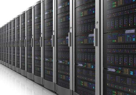Fila de los servidores de red en el cuarto centro de datos aislados sobre fondo blanco reflectante Foto de archivo - 11217230
