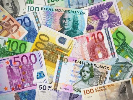 billets euro: Financial concept: grande collection de monnaies de papier différents
