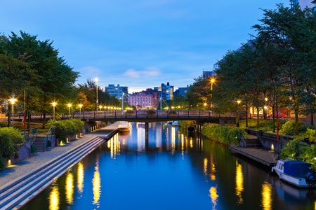 outdoor lighting: Scenic evening view of the sea canal in Ruoholahti district in Helsinki, Finland
