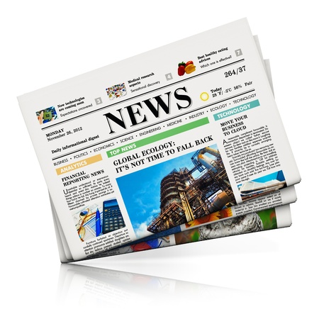 Heap van kranten met zakelijk nieuws geïsoleerd op een witte achtergrond met reflectie effect Design is mijn eigen en alle tekstlabels zijn volledig abstract Stockfoto