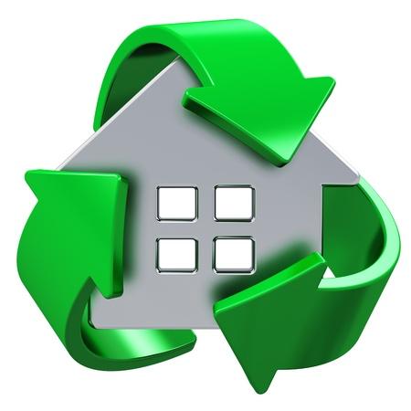 eficacia: Casa ecolog�a, eficiencia de energ�a del hogar, la conservaci�n del medio ambiente y el ahorro de naturaleza met�lica casa concepto cubierta por s�mbolo de reciclaje verde aislado sobre fondo blanco Foto de archivo