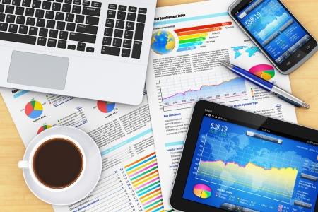 웹: 현대 비즈니스 사무실 작업 환경 기술 개념 스톡 사진