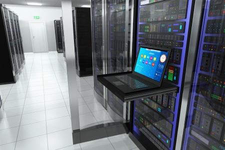 hospedagem: terminal de monitor de tela na sala do servidor com racks de servidores no datacenter interior