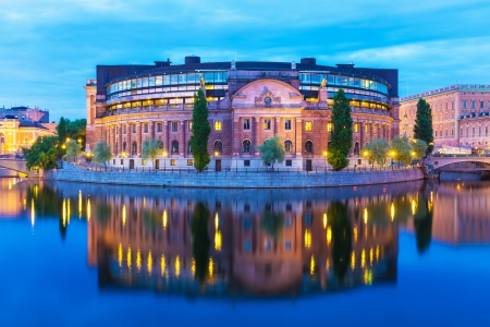 Scenic summer evening view of the Parliament House  Riksdaghuset  in the Old Town  Gamla Stan  in Stockholm, Sweden Banco de Imagens