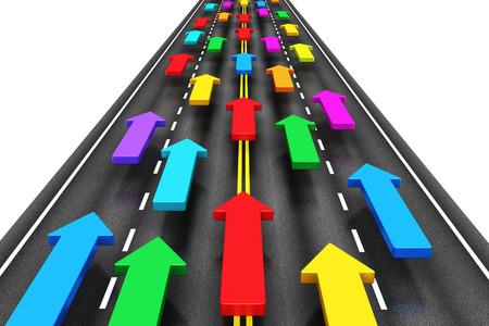 transportes: Tráfico abstracto creativo, el transporte, el transporte y la logística, los viajes y la comunicación por Internet de negocios concepto de grupo de flechas de color en movimiento por el camino de la carretera aislada sobre fondo blanco