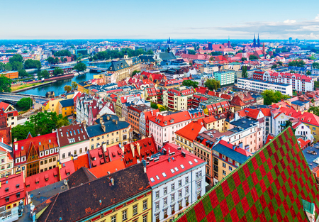 Scenic summer aerial panorama of the Old Town architecture in Wroclaw, Poland 스톡 콘텐츠