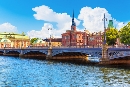 stan: Scenic summer panorama of the Old Town (Gamla Stan) architecture pier in Stockholm, Sweden Stock Photo