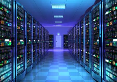 Moderne web-netwerk en internet telecommunicatietechnologie, big data-opslag en cloud computing computer service business concept: serverruimte interieur in datacenter in blauw licht