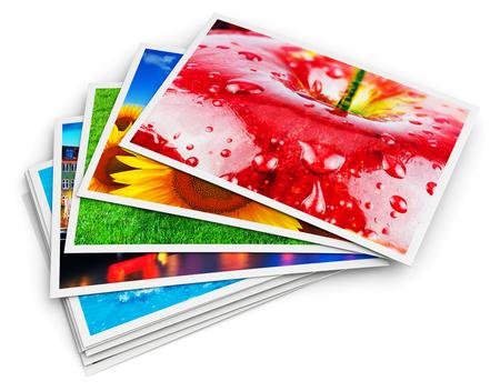 크리 에이 티브 추상 디지털 사진과 사진 그림 시각적 이미징 아트 개념 : 3D 렌더링 다채로운 사진 카드 흰색 배경에 고립의 스택의 그림 스톡 콘텐츠
