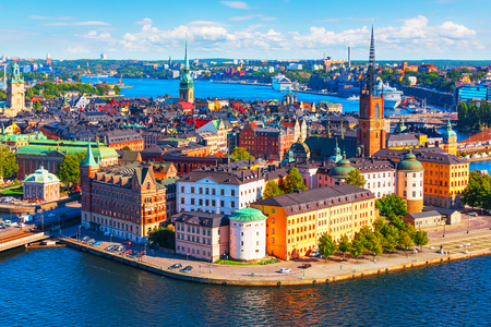 Scenic summer aerial panorama of the Old Town (Gamla Stan) pier architecture in Stockholm, Sweden 免版税图像 - 93255198