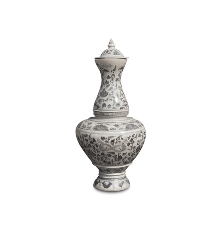 antique vase: chinese antique vase on the white background