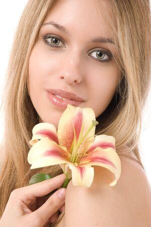 Portrait de belle jeune femme isol�e sur fond blanc