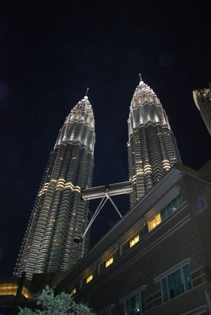 KL Twin Tower Editorial