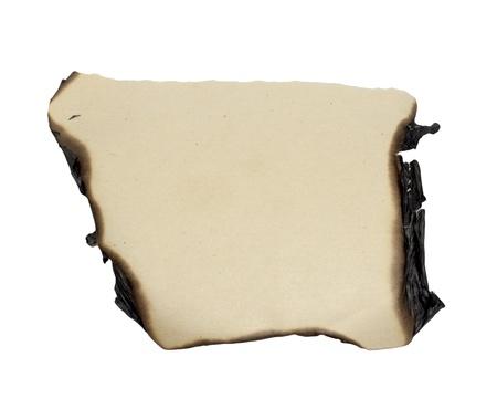 gebrannt: Papier verbrannt Kanten isoliert auf wei?m Hintergrund