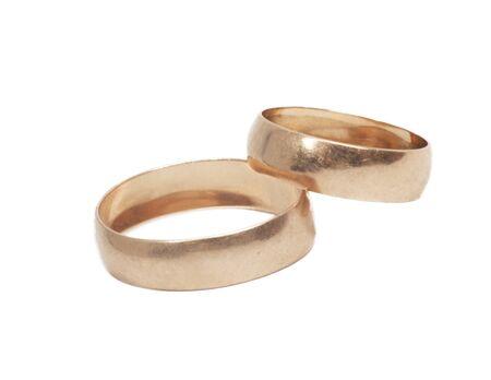 Dos anillos de oro