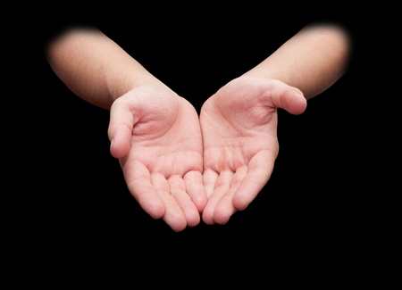 Руки, изолированных на черном фоне