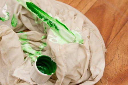 emulsion: white and green emulsion