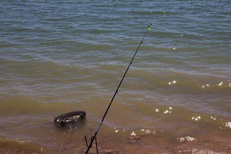 jigging: Rod on the lake